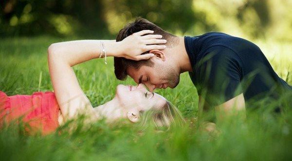 Любовь и ложь не совместимы