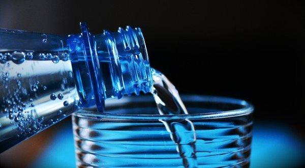 Вода - продукт для женских, обменных процессов